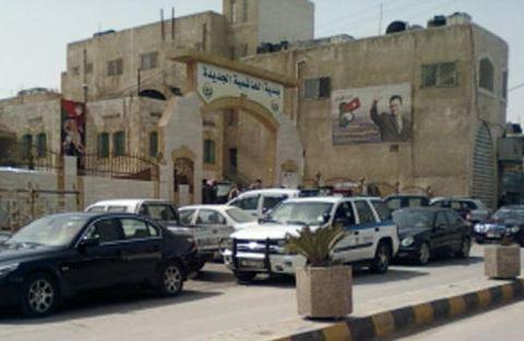 الامن يوضح لسرايا حقيقة وجود لصوص على سطح مبنى بلدية الهاشمية