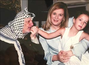 """سهى عرفات: """"أبو عمار"""" إرث الشعب الفلسطيني و""""أبو مازن"""" يكمل مسيرته"""