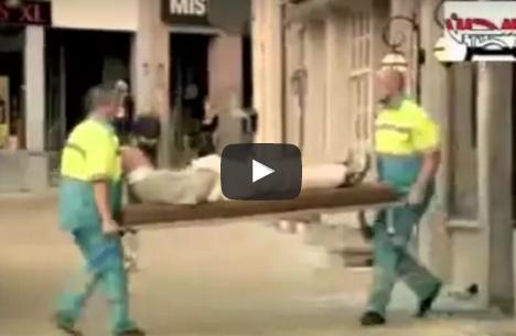 اقوى كاميرا  سيارة اسعاف تُسقط المرضى