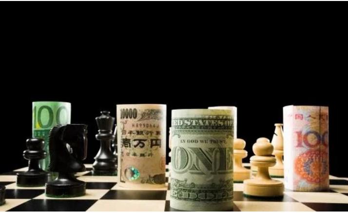 الدولار يحدث انقلاباً في سوق الصرف العالمي