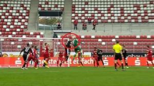 حارس ألماني يتقمص دور راموس لإنقاذ فريقه من الهزيمة! (فيديو)
