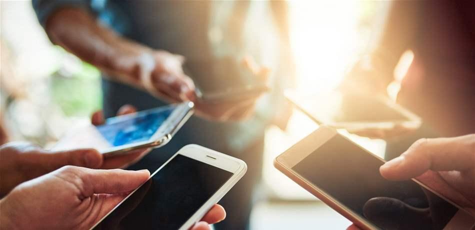 ما حقيقة ارتباط استعمال الهواتف بالإصابة بسرطان الدماغ؟
