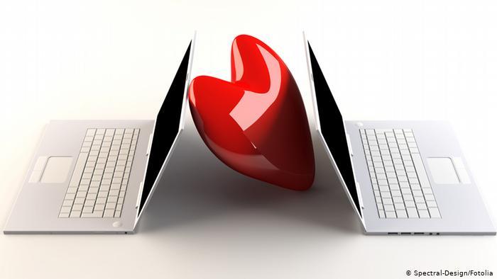 الحب على الانترنت  ..  حقيقة أم وهم ؟