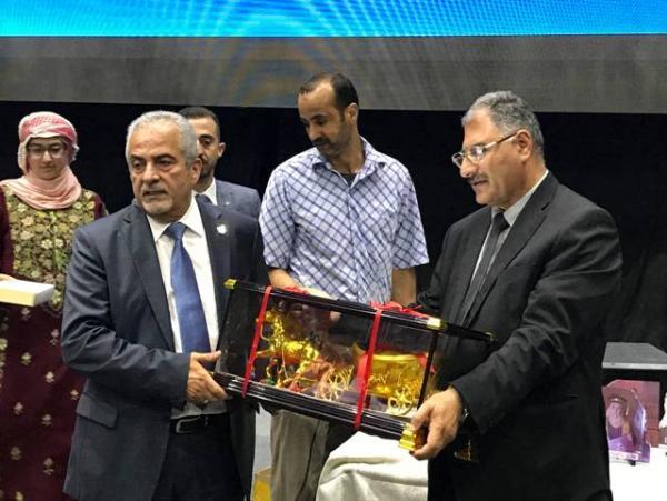 عمان الأهلية تكرم أوائل الثانوية العامة والمتفوقين في البلقاء