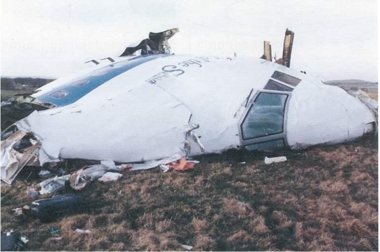 100 وثيقة تكشف دور القذافي في إسقاط طائرة فرنسية