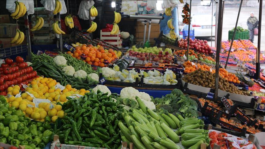 تجار ومصدرين يهددون بالتوقف عن تصدير واستيراد الخضراوات