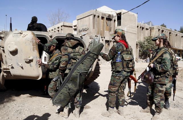 بالصور ... تعرف على  وحدات الكوماندوز السورية النسائية
