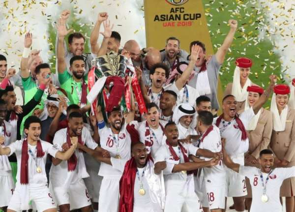 نجوم منتخب قطر يعبرون عن تقديرهم للجمهور الأردني