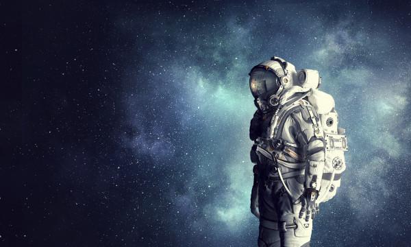 بدلة فضائية بتصميم مشترك بين (ناسا) و(جوجل)