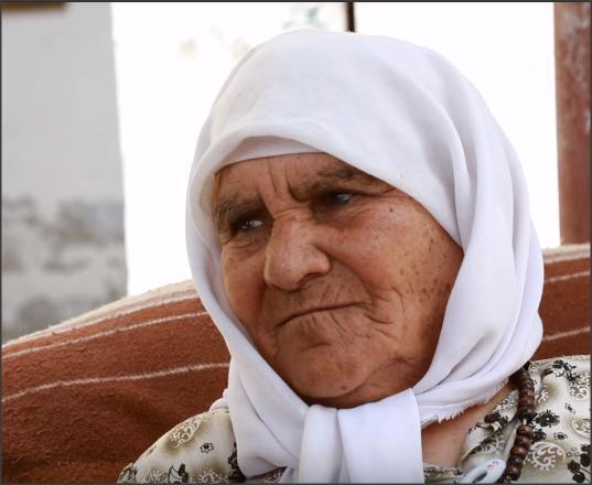 بالفيديو .. حجة فلسطينية تصف بنات اليوم