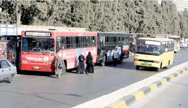 رفع السعة المقعدية إلى 75% في وسائط النقل