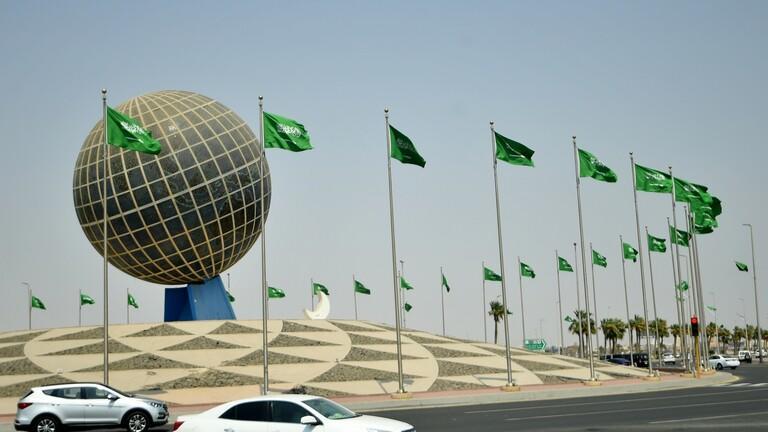 السعودية تقلص مدة الحجر المؤسسي