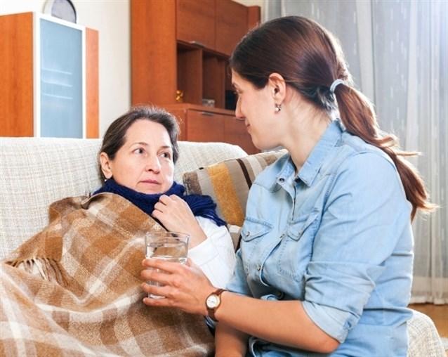 مرض أمّك في المنام ..  هل يجب أن يقلقك؟