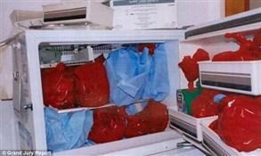 طالبة تقطع رأس طفلها المولود ميتاً وتخفيه في الثلاجة