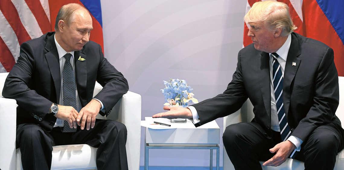 بالفيديو  ..  شاهد كيف صافح بوتين ترامب في قمة أبك
