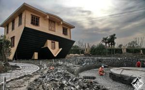بالصور.. أغرب معالم الجذب السياحى فى الصين