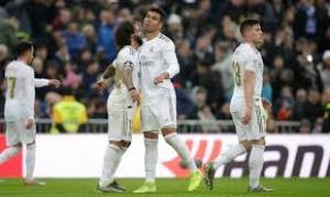 كاسيميرو يقود ريال مدريد لفوز ثمين على اشبيلية