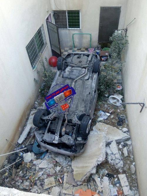 """عمان: سائق """"متهور"""" يصطدم بمركبة ويدهس ام وابنتها بعد ان فر من موقع الحادث ..  صورة"""