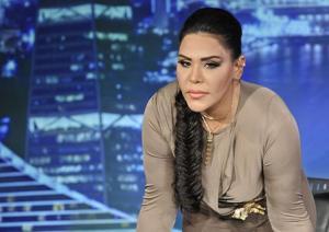 مجلة فنية: أحلام قبّلت الأيدي والأرجل لتسافر إلى لبنان لتقديم آراب آيدل