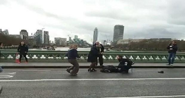 """سائق مركبة يدهس 5 شبان """"عمدًا"""" بسبب  مشادة كلامية"""