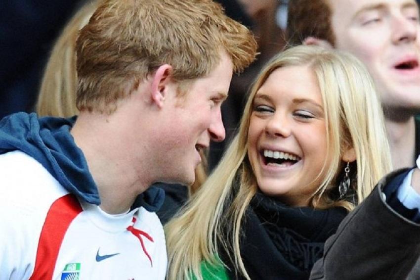 7 سنوات حب ..  شاهد ماذا فعلت حبيبة الأمير هاري السابقة في زفافه؟