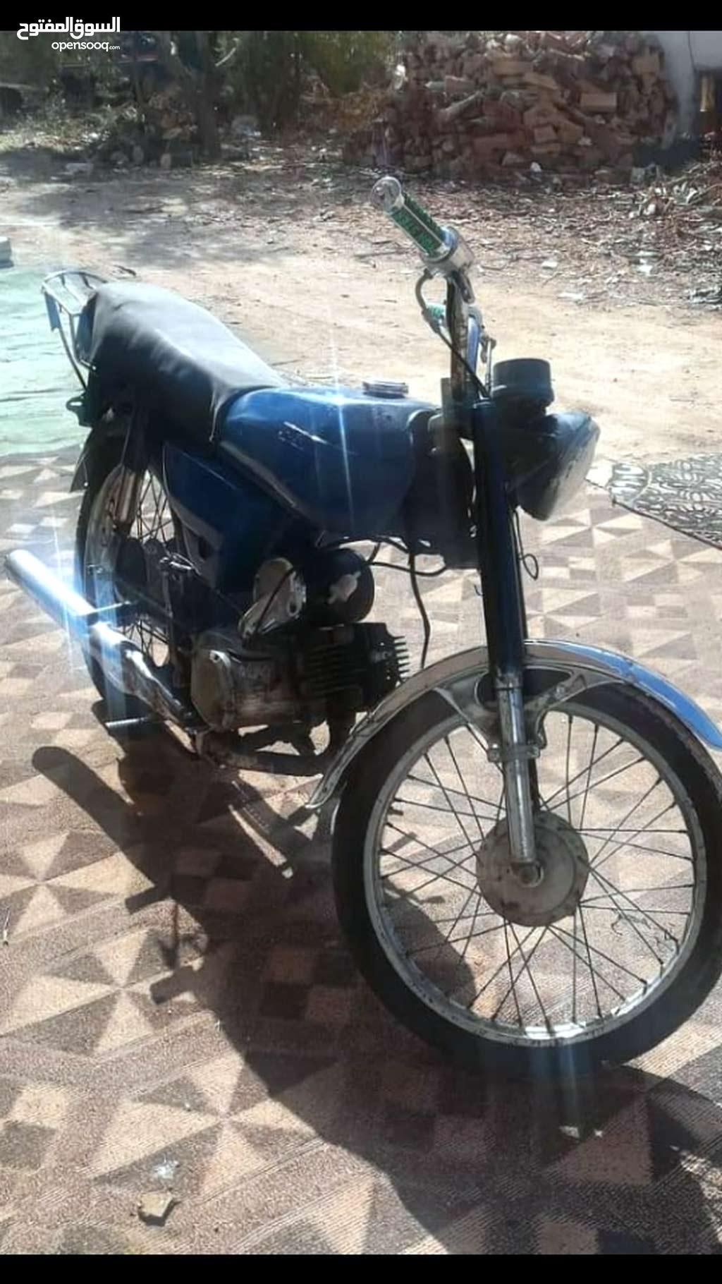 دراجة نارية سوزوكي ماتور 100cc بنزين 4 غيار