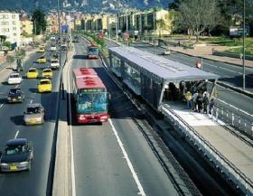 اعتماد حافلات التردد السريع بين عمان والزرقاء