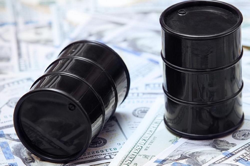 ارتفاع أسعار النفط عالميا لأعلى مستوى في شهر