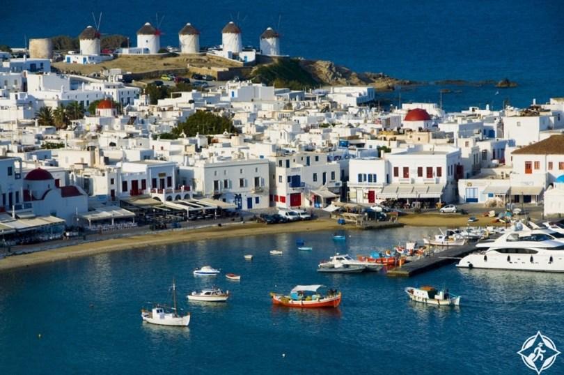 بالصور .. جزيرة ميكونوس اليونانية وأروع الأماكن السياحية فيها