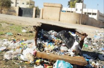 المامونية في مادبا  .. شوارع متهالكة ونظافة معدومة في شوارعها