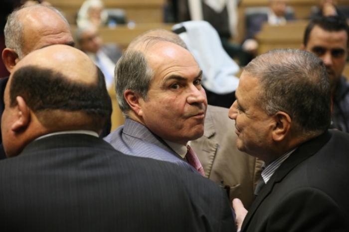 استطلاع: ٥٩٪ من الأردنيين يعتقدون أن الحكومة تسير بشكل خاطئ
