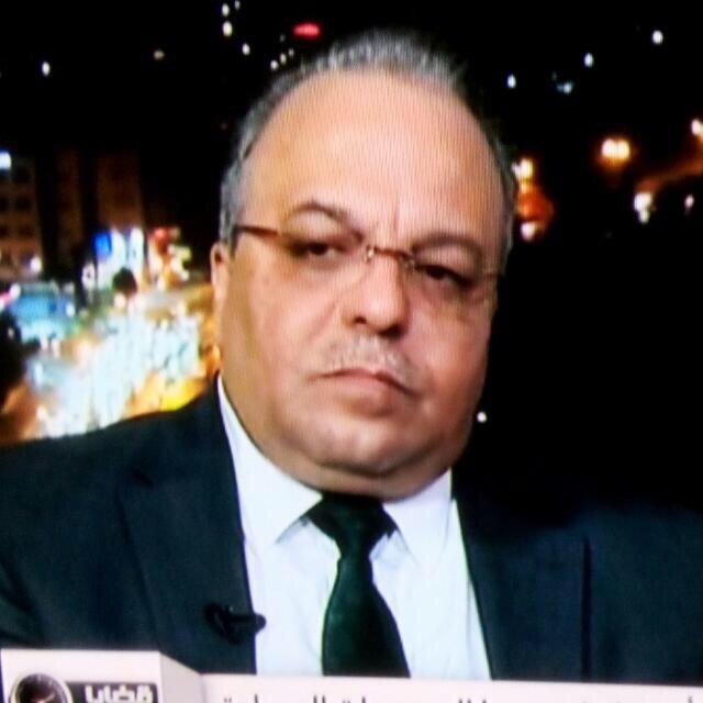 د منذر حوارات يكتب : هل يعانق الجزائريون حلمهم بالجمهورية الثانيه