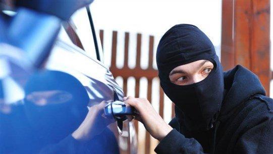 6 علامات تدل على أنّ سيارتك سوف تُسرق