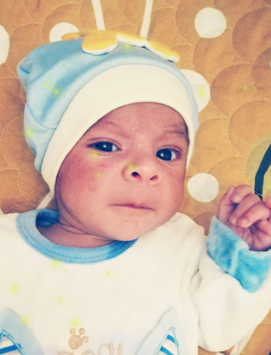 ياسر المعلم مبارك المولود الجديد