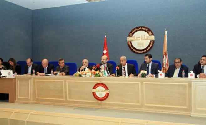 الرزاز: الأردن بدأ ينتقل من دولة الريع إلى الإنتاج