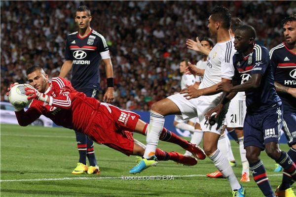 مدرب ليون: كنّا نستحق الفوز على ريال مدريد