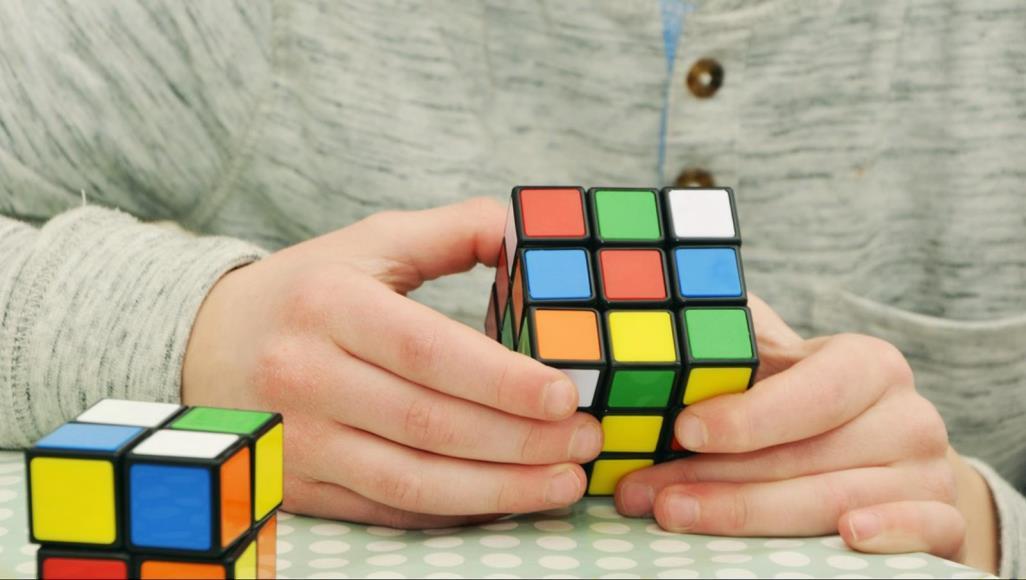 بعيدا عن الشطرنج ..  5 ألعاب تجعلك حاد الذكاء