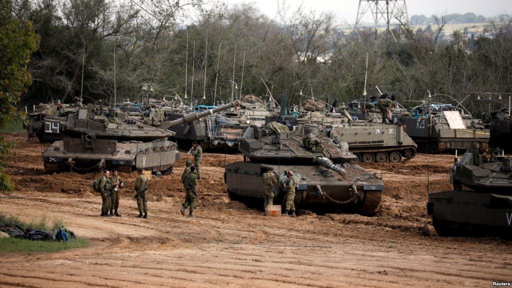 حشود من دبابات الاحتلال على حدود القطاع  ..  وشرط جديد بشأن اتفاق التهدئة في غزة