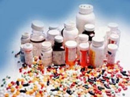 """السعوديون يتعاطون أدوية """"مقلَّدة"""" بـ 4 مليارات ريال سنويا"""