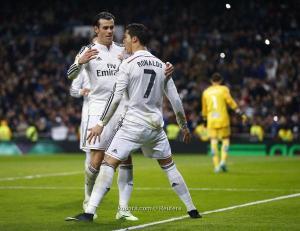 ريال مدريد ينهي جدل مستقبل رونالدو وبيل