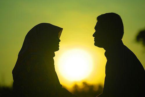 كم المدة التي يسمح أن يغيب الزوج عن زوجته؟؟