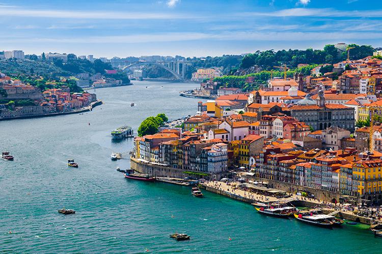 السياحة تعود إلى البرتغال بشروط معينة