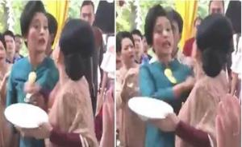 """بالفيديو : مشاجرة بين سيدتين بالأيدي بسبب """"البوفيه"""" في أحد الأعراس بـ """"إندونيسيا"""""""