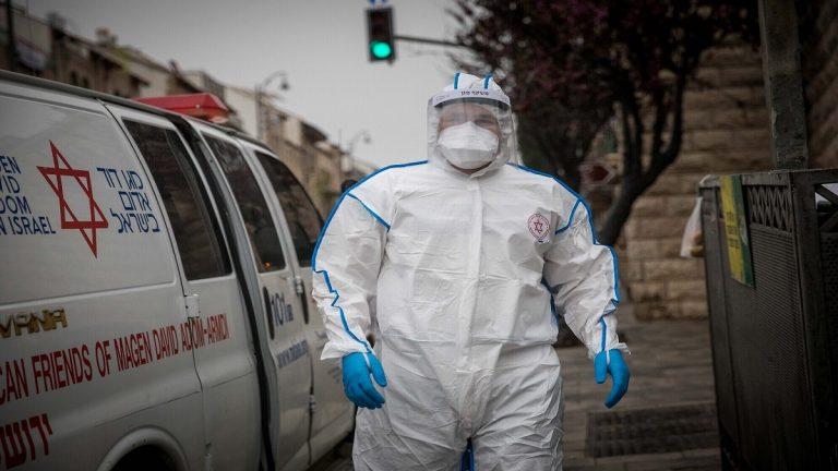إجلاء جماعي لمسنين في بلدة إسرائيلية يهودية متطرفة إثر تفشي فيروس كورونا