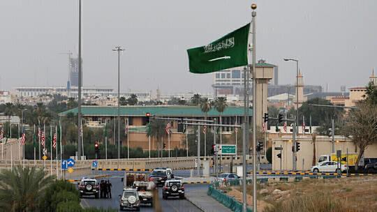 السعودية تلزم الأجانب القادمين بامتلاك تأمين صحي