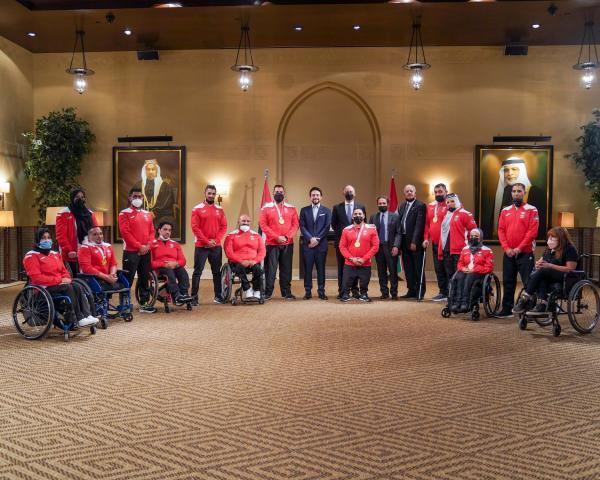 ولي العهد يستقبل أبطال وبطلات البعثتين الأولمبية والبارالمبية