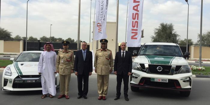 شرطة دبي تضم سيارات نيسان نيسمو إلى اسطولها السريع