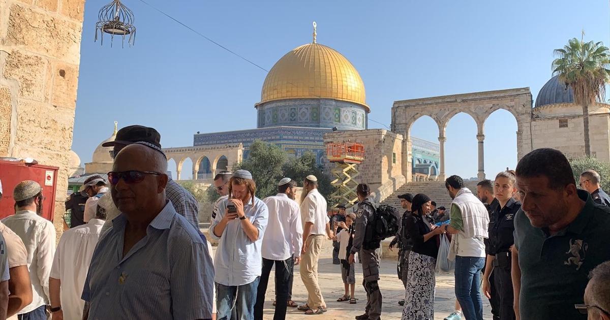أكثر من ألف مستوطن يقتحمون الأقصى احتفالاً بعيد يهودي يستمر أسبوعاً ..  والأردن يطالب إسرائيل بوقف الانتهاكات