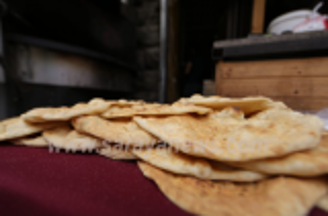 """ارتفاع الطلب على الخبز و المحروقات تزامنا مع المنخفض """"القطبي"""" و تساقط الثلوج  ..  تفاصيل"""