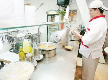 """أسعار جديدة للمطاعم الشعبية """"غير المصنفة"""" بدءا من الأسبوع المقبل"""